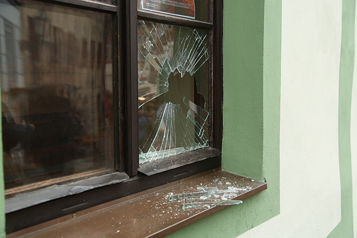 A2B Glass are able to board up broken windows while they are being repaired in Edinburgh.